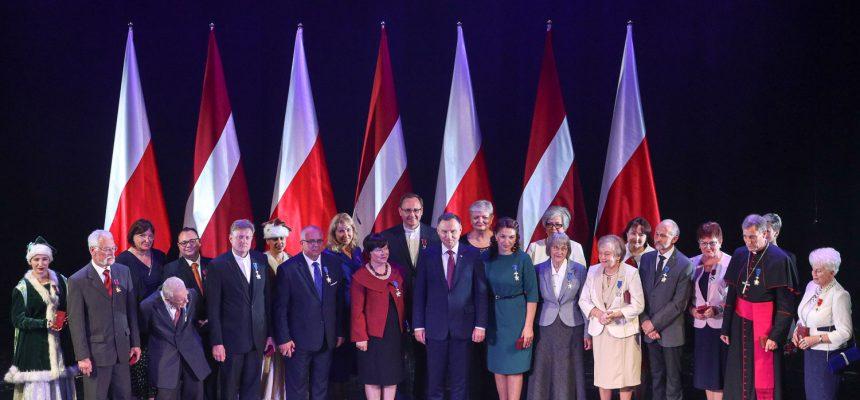 Prezes Ryskiego ZPŁ Andżella Liepa została odznaczona przez Prezydenta RP